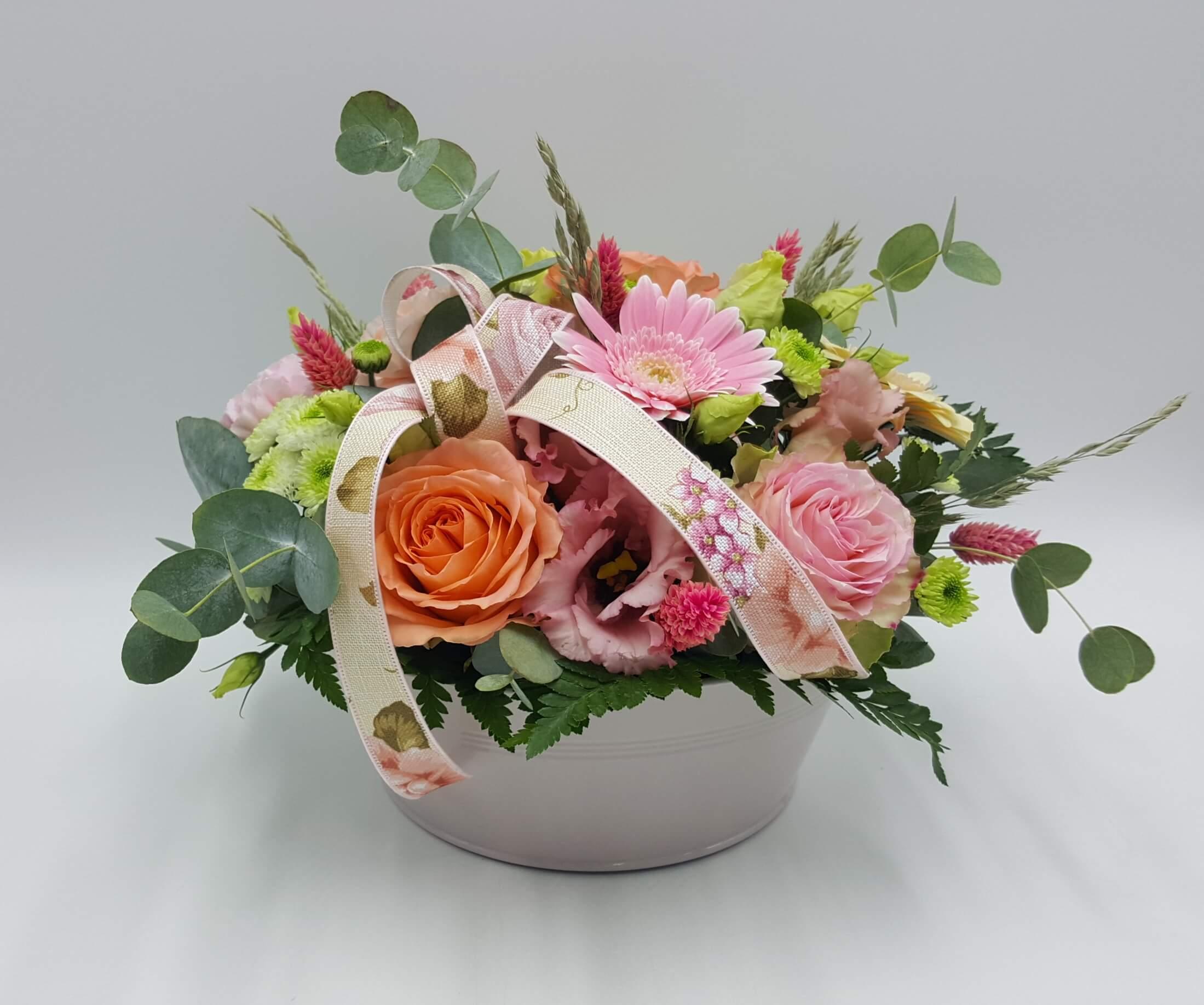 Fleuriste à OLES ATELIERS D'EGLANTINE, Fleuriste à Eguzon - Compositions florales (Indre 36)rsennes - Livraison de fleurs à Saint-Plantaire (36)